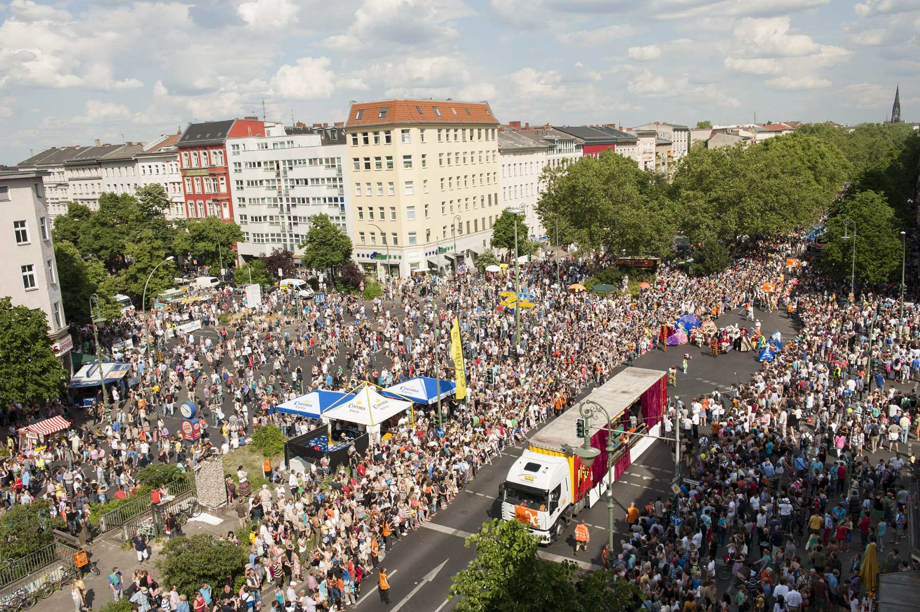 Karneval der Kulturen | Carnival of Cultures © visitBerlin, Foto: Philip Koschel (CC BY-NC-ND 2.0)