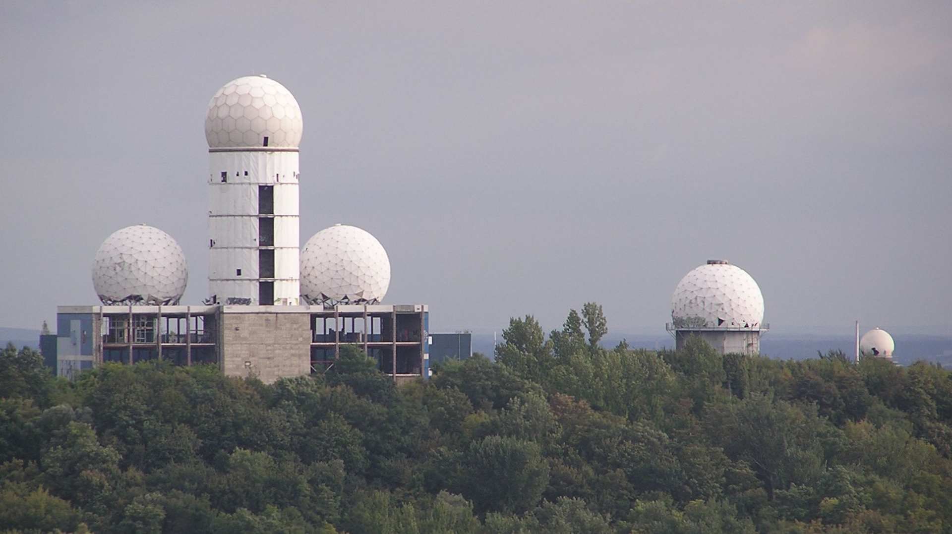 que suis je où suis je Martin 11 novembre trouvé par Martine Teufelsberg_ehem_Radaranlage